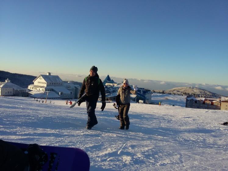 Skipassız board taşırken
